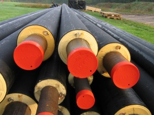 Pre-installation_insulated_underground_pipes_for_district_heating